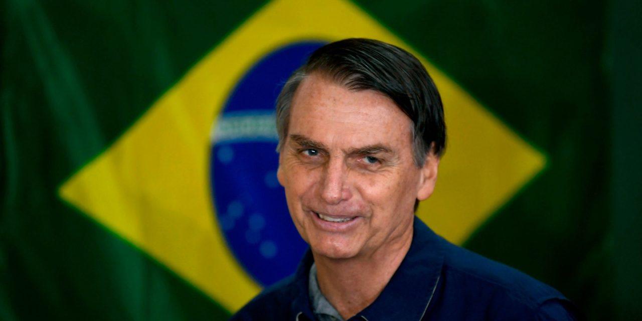 Jair Bolsonaro: Far-right candidate wins Brazil poll